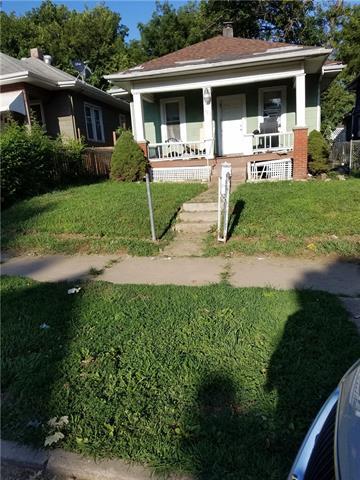 129 N Oakley Avenue Property Photo