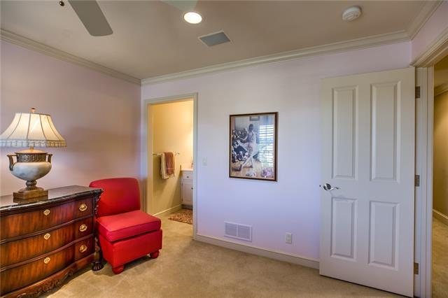 W 20914 96th Terrace Property Photo 46