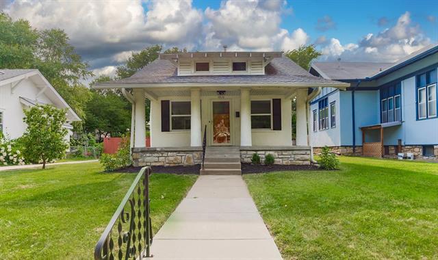5910 Kenwood Avenue Property Photo