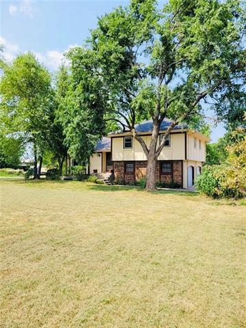 38240 W 151st Street Property Photo