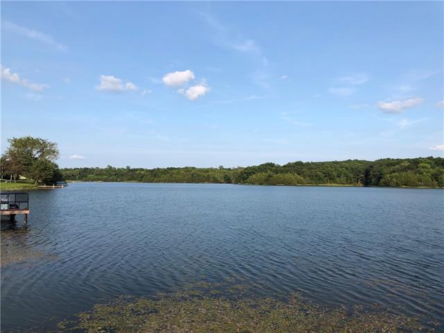 16075 Oak Place Property Photo