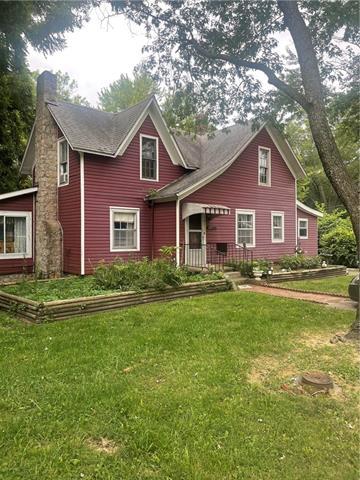 331 Walnut Street Property Photo