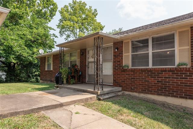 3730 Ne 42nd Terrace Property Photo
