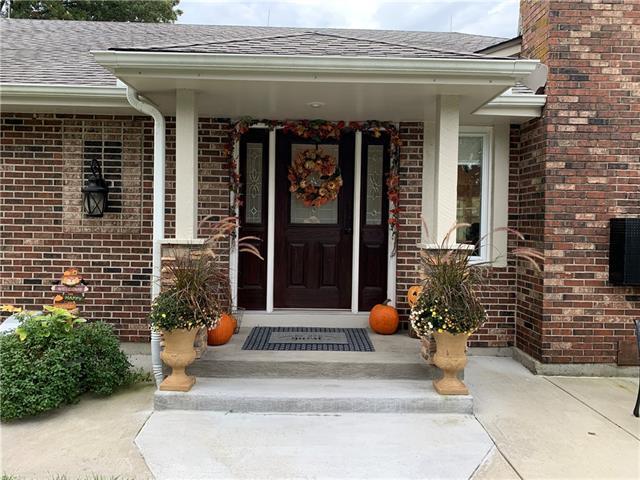 3805 E 187th Street Property Photo