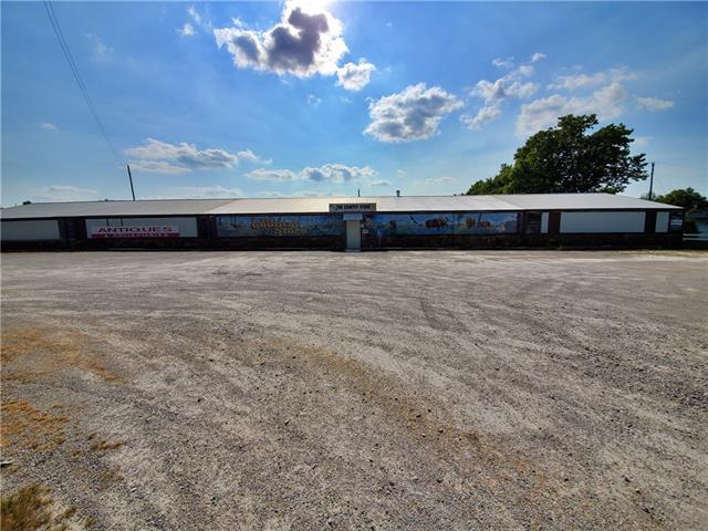 N 1177 13 Highway Property Photo