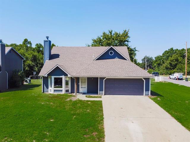 2401 Brush Creek Drive Property Photo