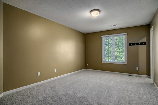 6128 S National Drive Property Photo 30