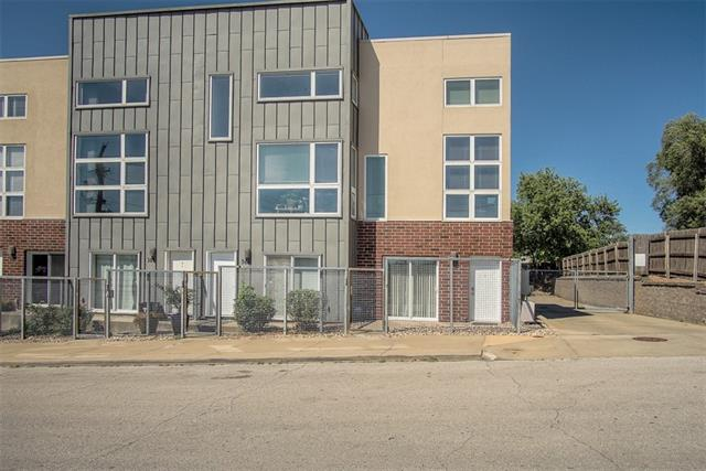 40 Penn Row Real Estate Listings Main Image
