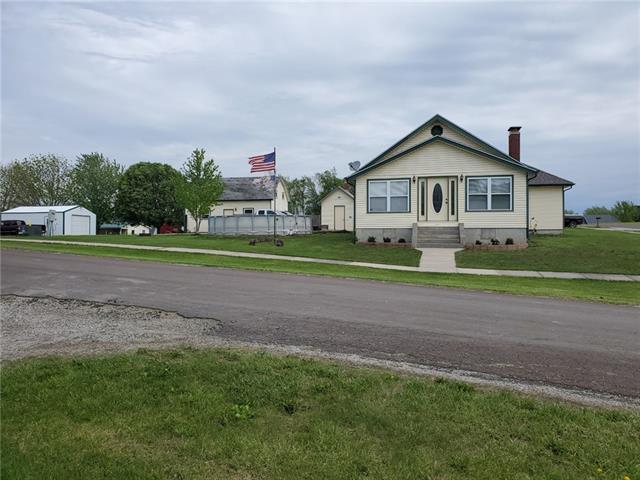 301 Walnut Street Property Photo