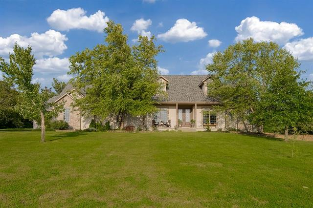 2307 Lakeview Drive Property Photo
