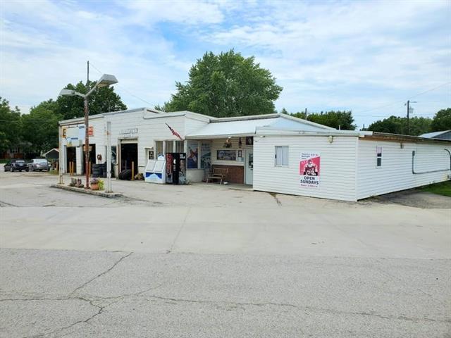 1019 Main Street Property Photo