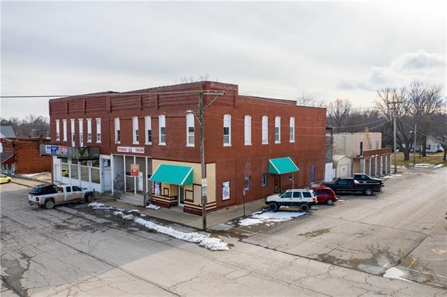 301 Main Street Property Photo