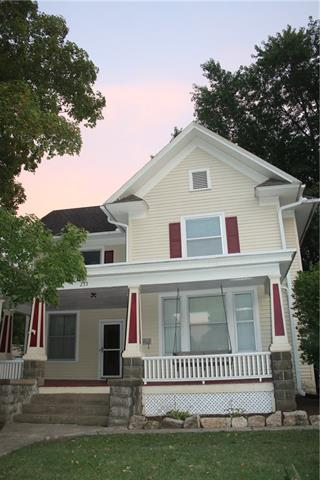 233 Main Street Property Photo