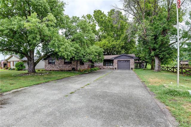 104 Lakeshore Drive Property Photo