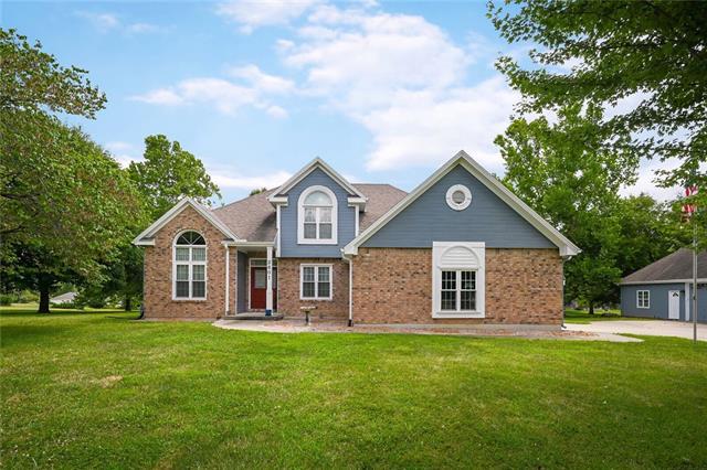 2601 Castle Drive Property Photo 1