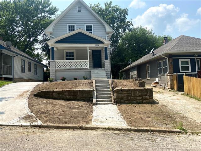 2632 N Early Street Property Photo