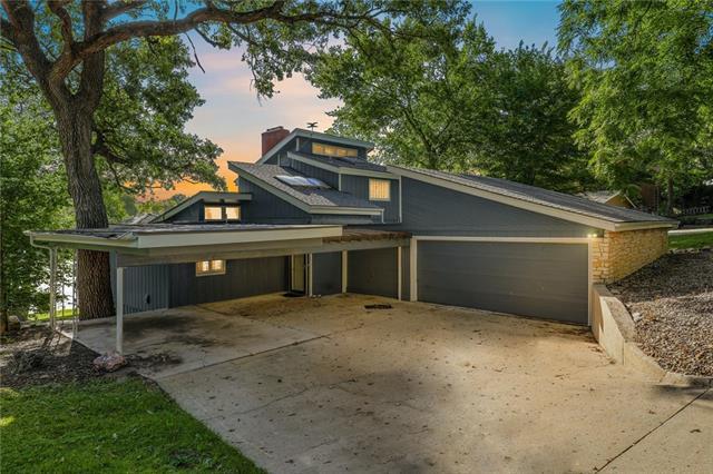 7907 Nw Westside Drive Property Photo