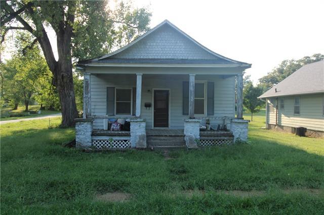 603 N Locust Street Property Photo