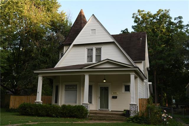 605 W Kansas Street Property Photo