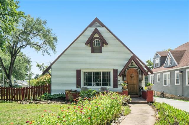 5017 Gladstone Boulevard Property Photo