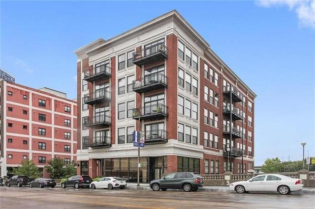 2029 Grand Boulevard Property Photo