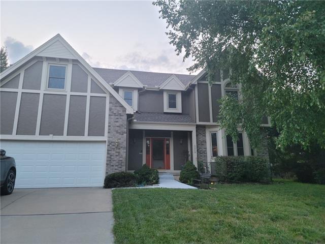 6032 N Cypress Avenue Property Photo