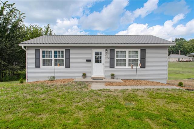 402 E Buchanan Street Property Photo