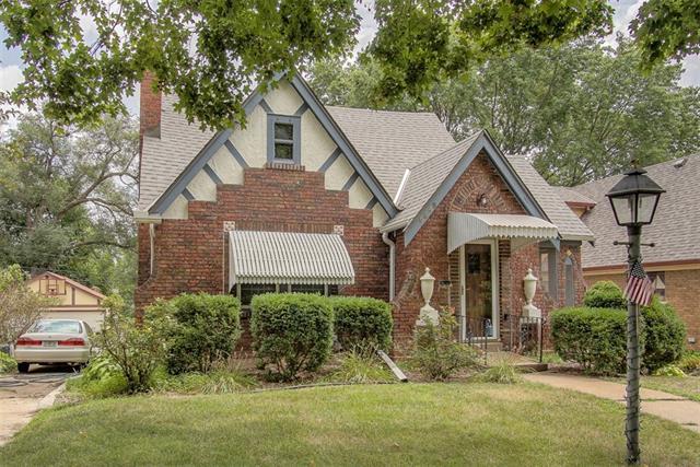 6649 Locust Street Property Photo