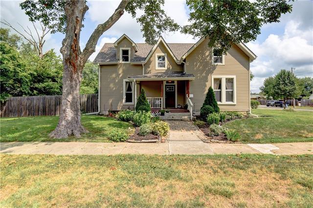 500 W. Maple Street Property Photo