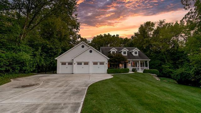 746 N Ridge Avenue Property Photo