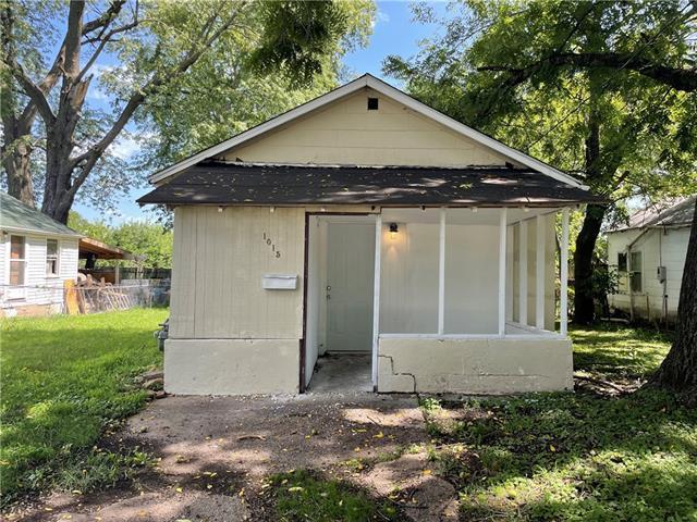 1015 S Woodland Street Property Photo