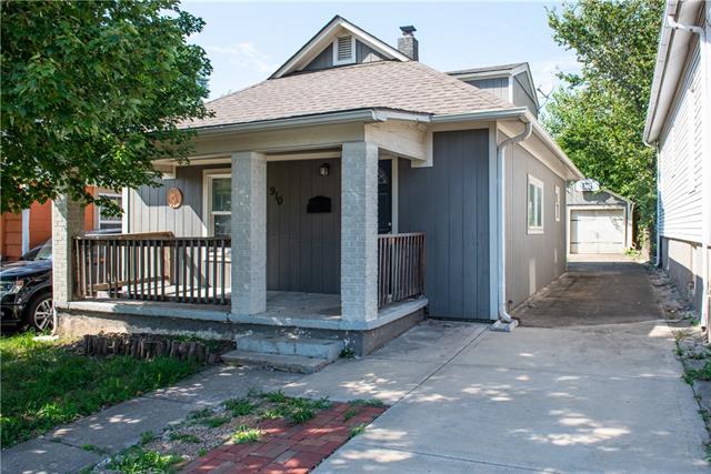 910 Homer Avenue Property Photo