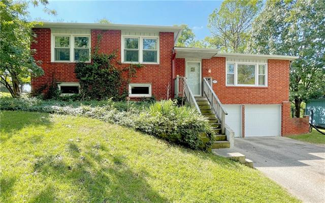 6816 N Madison Avenue Property Photo
