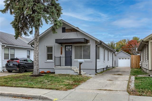 1230 E 23 Avenue Property Photo