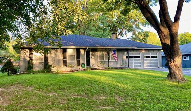 4924 S Willis Avenue Property Photo