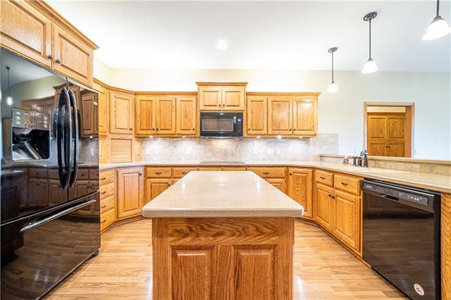 12428 Sunset Boulevard Property Photo 8