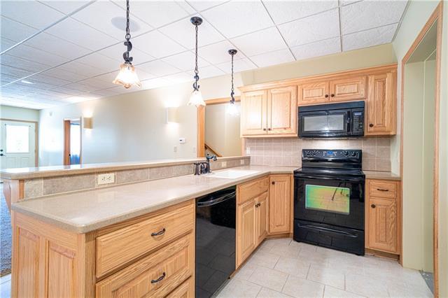 12428 Sunset Boulevard Property Photo 30
