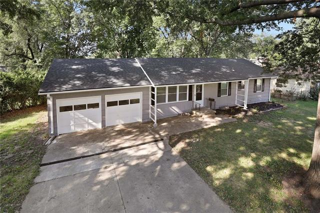 11418 Jackson Avenue Property Photo