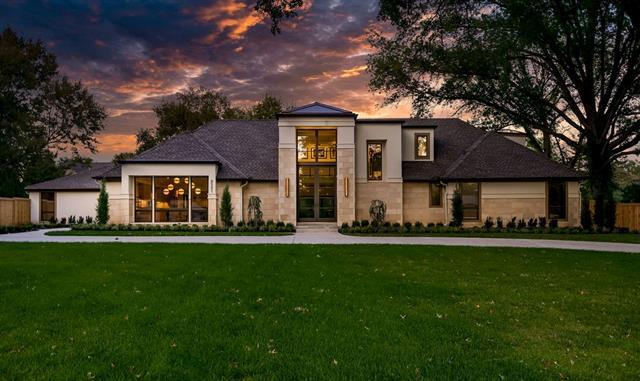 8501 Roe Avenue Property Photo 1