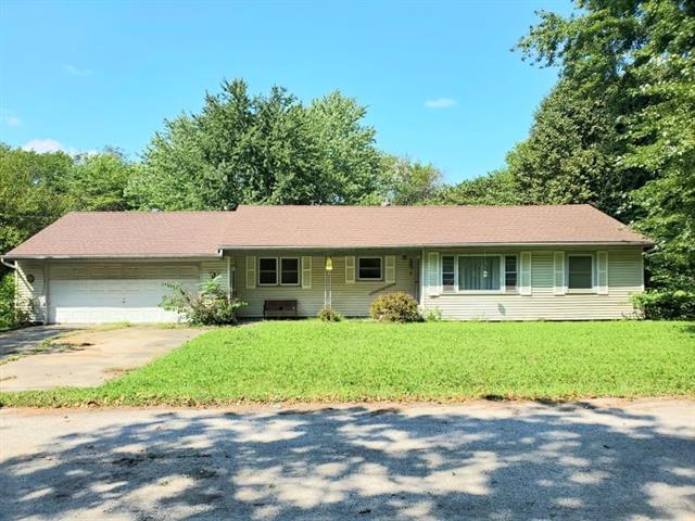 107 W 13th Street Property Photo