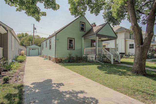 807 E 24th Avenue Property Photo