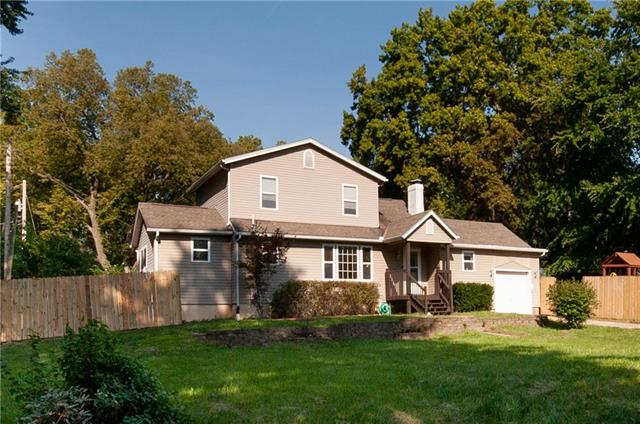 2702 Windsor Avenue Property Photo