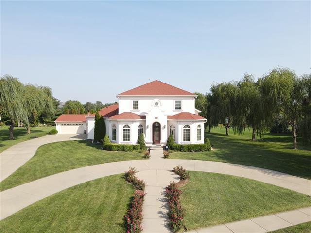 4807 S Lakewood Drive Property Photo 1