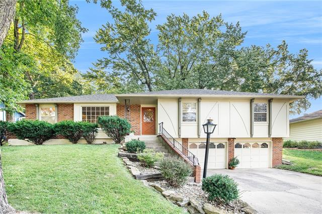 3637 N Walnut Street Property Photo