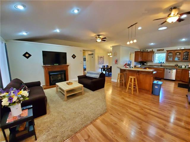 539 Se 425th Road Property Photo 1