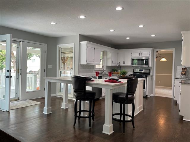 12724 Garnett Street Property Photo