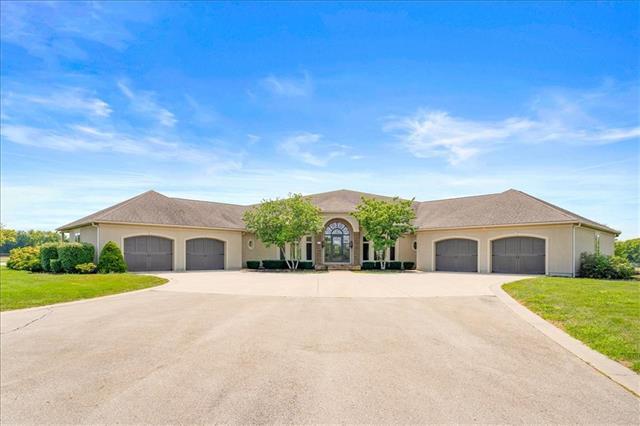 20950 Walmer Road Property Photo 1