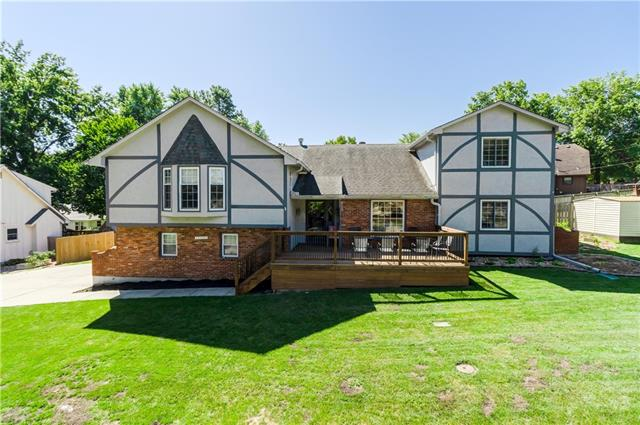 18605 E 28th Terrace Property Photo