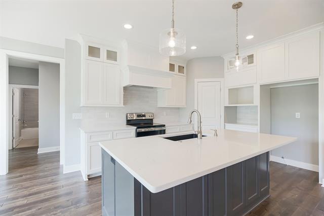 Cherokee Woods Real Estate Listings Main Image