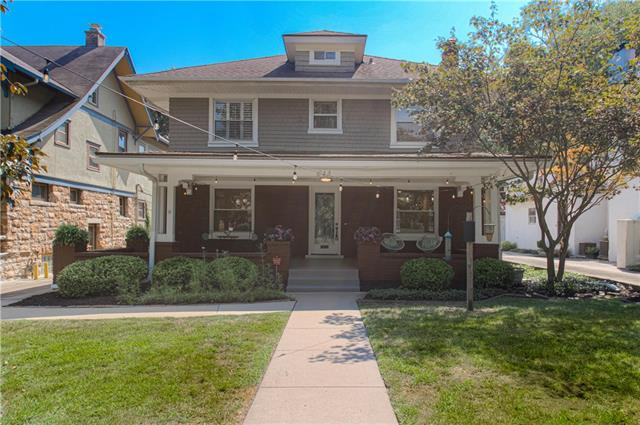 643 W 59th Street Property Photo